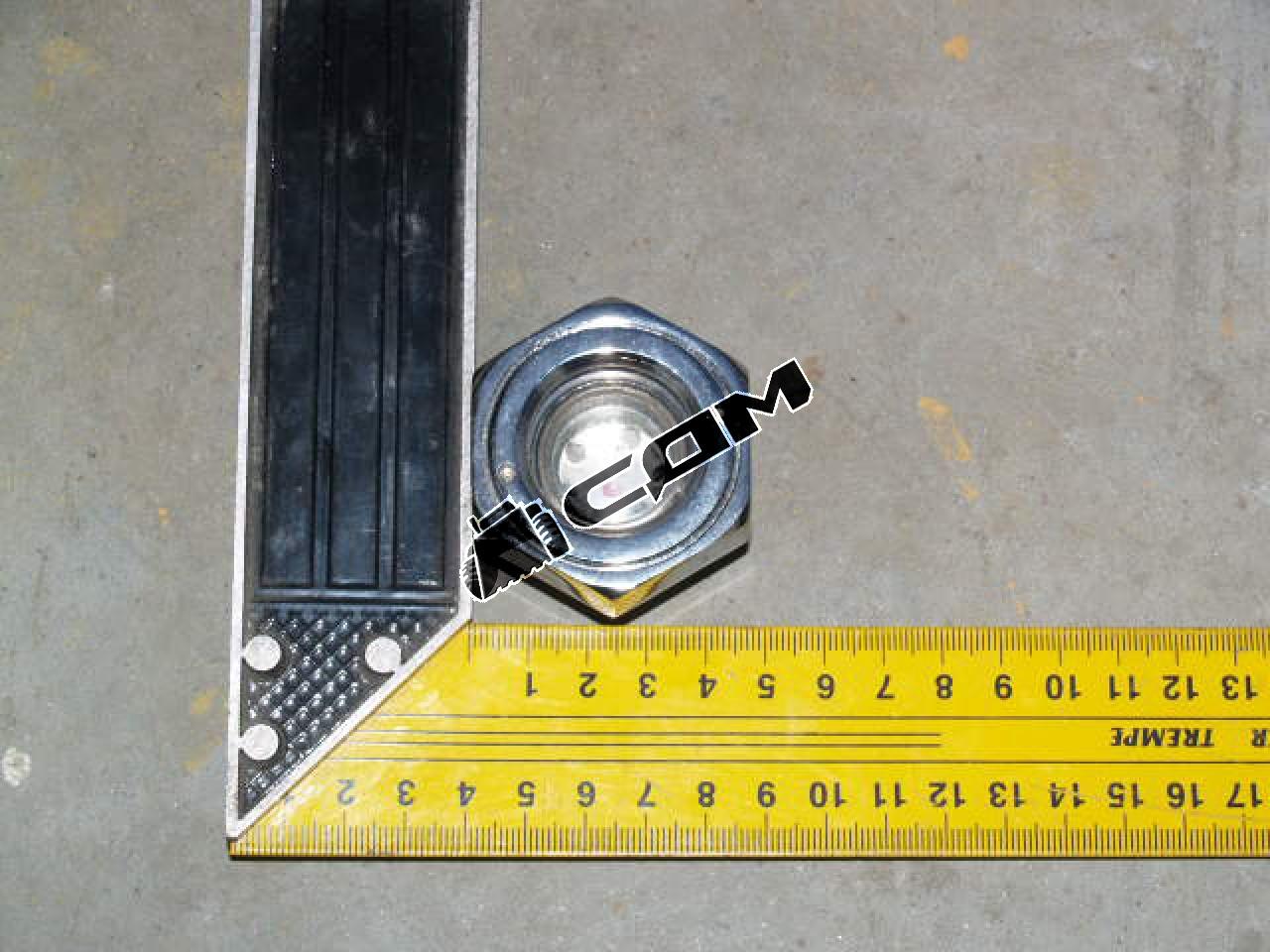 Глазок уровня жидкости в вальце CDM520 QX520 30010300